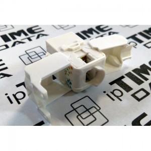 Switch 8-portowy 10/100  ST3108S  NETIS